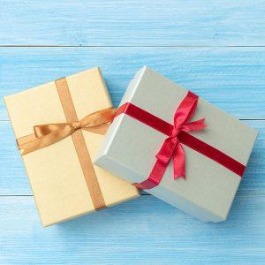 Подарунковий сертифікат KOMP.UA – це попередній платіж, який дає Вам можливість купувати товари або отримувати знижки, на суму еквівалентну його номіналу